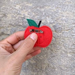 Anne-Lise Pichon - Broche pomme